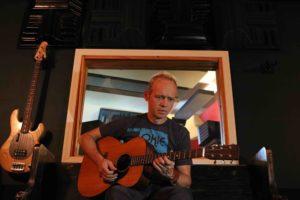 breck-on-guitar-1
